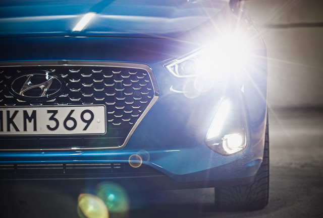 Hyundai i30 lights 640x433