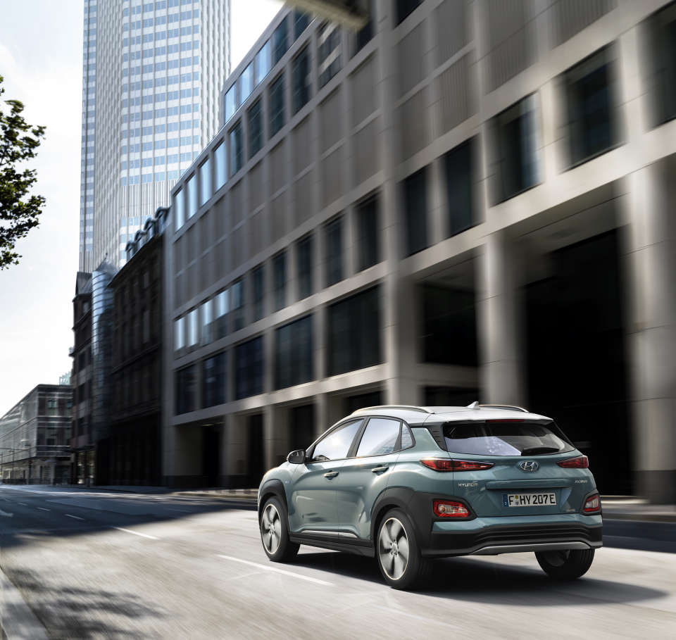 hyundai-kona-electric-2018-05-hires