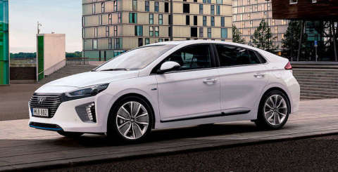 IONIQ-plug-in-cropped