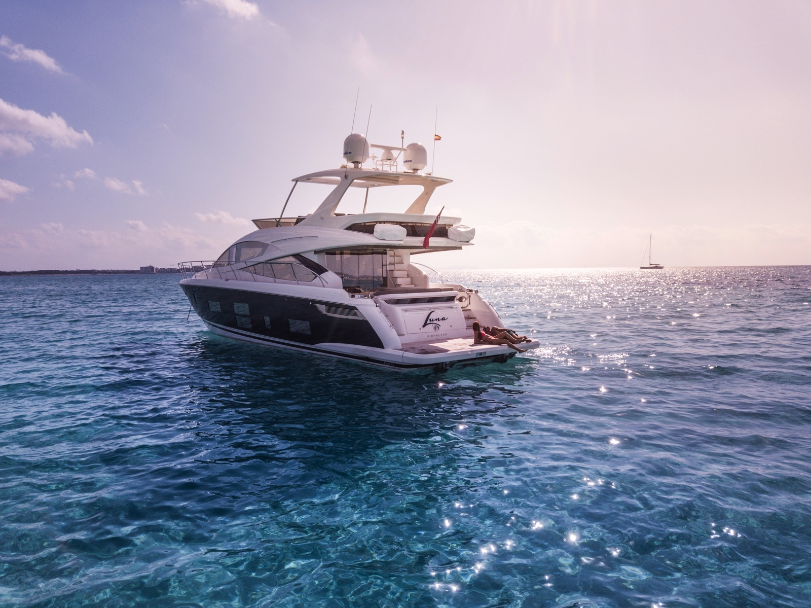 Pearl 65 · Pearl Yachts