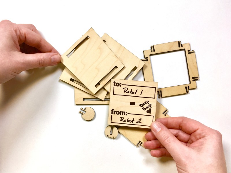xx Snap and Store Box