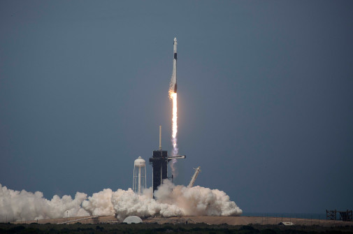 spaceXFEATUREDIMAGE