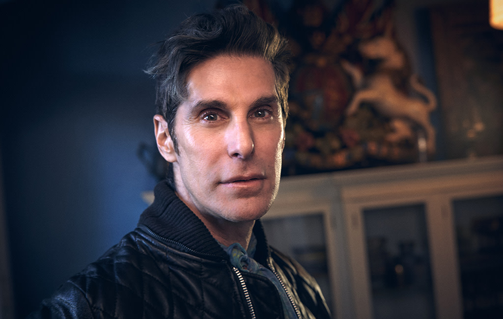 Perry Farrell Photo by Meeno