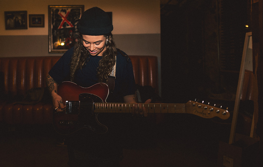 Tash Sultana Photo by Dara Munnis