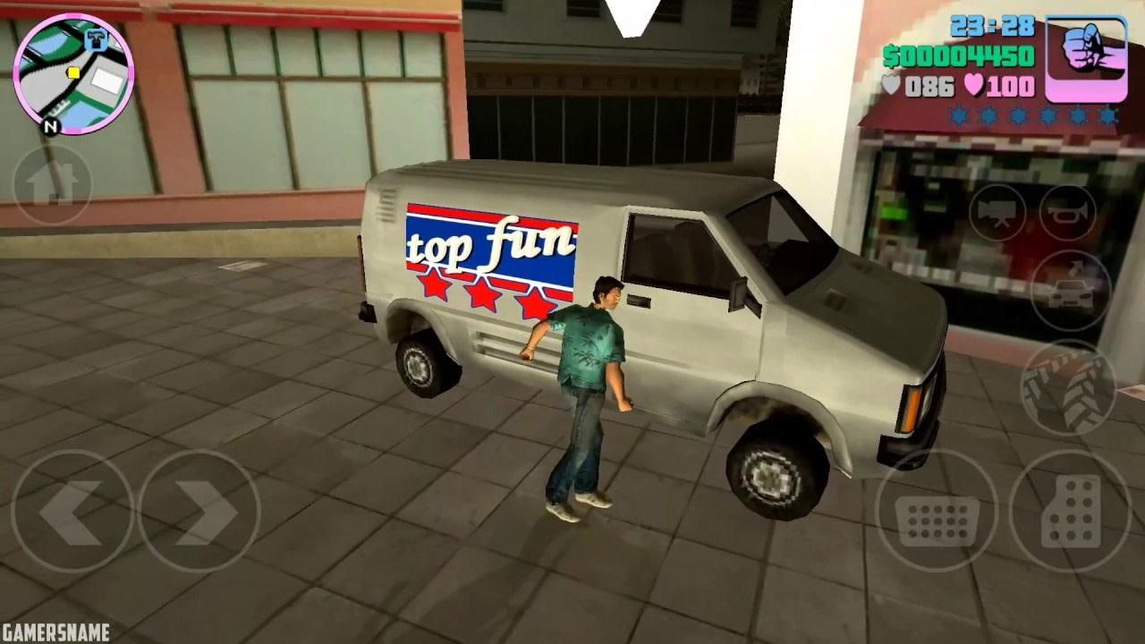GTA Vice City na telefon - postać wchodząca do samochodu
