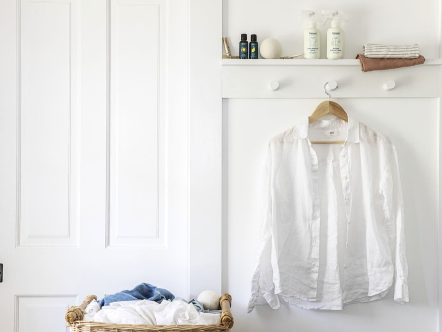 20 Easy Steps for Washing White Clothes & Keeping Them White