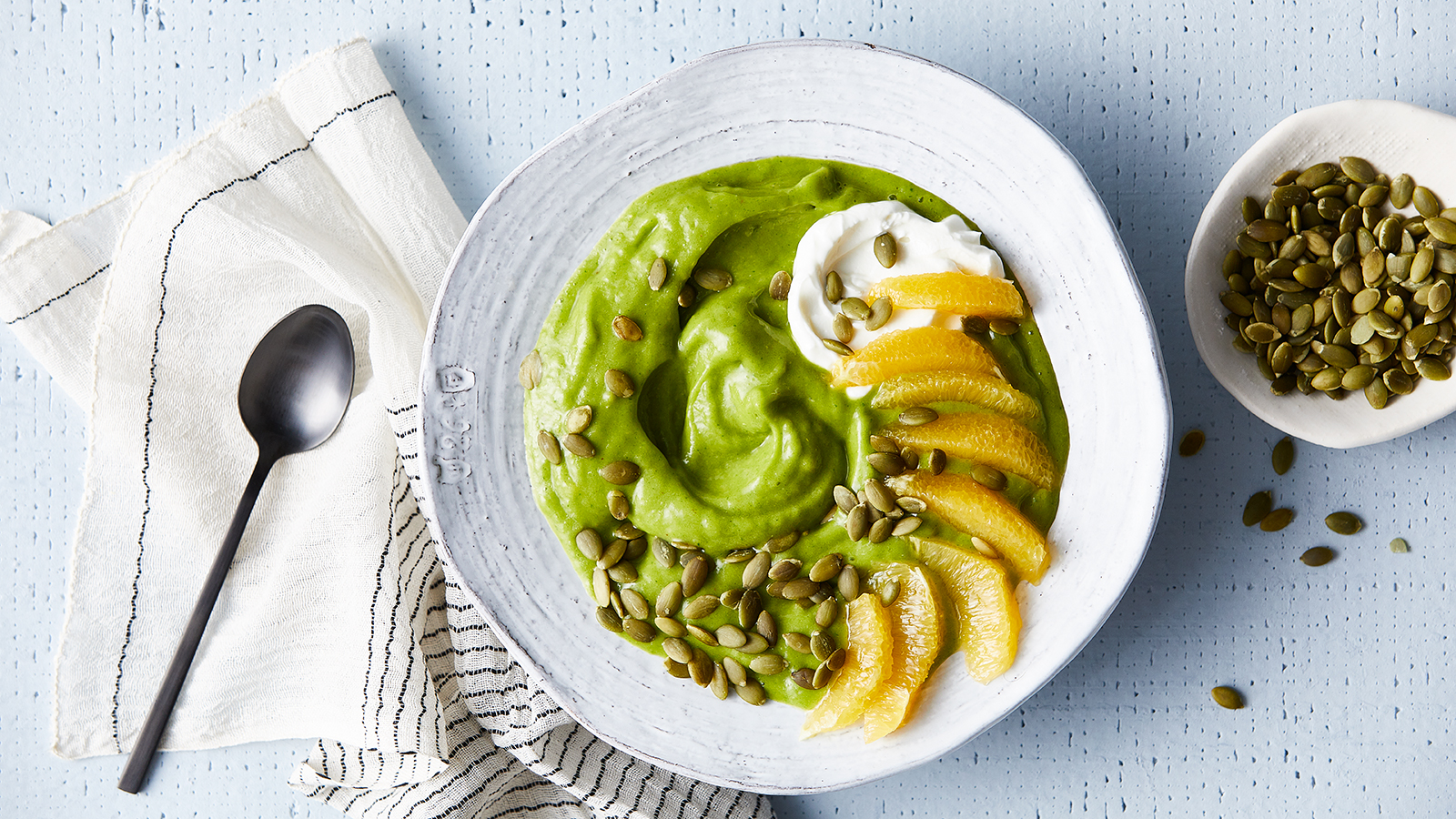 Green Citrus Smoothie Bowl