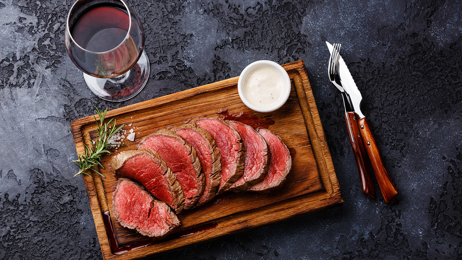 horseradish with beef tenderloin