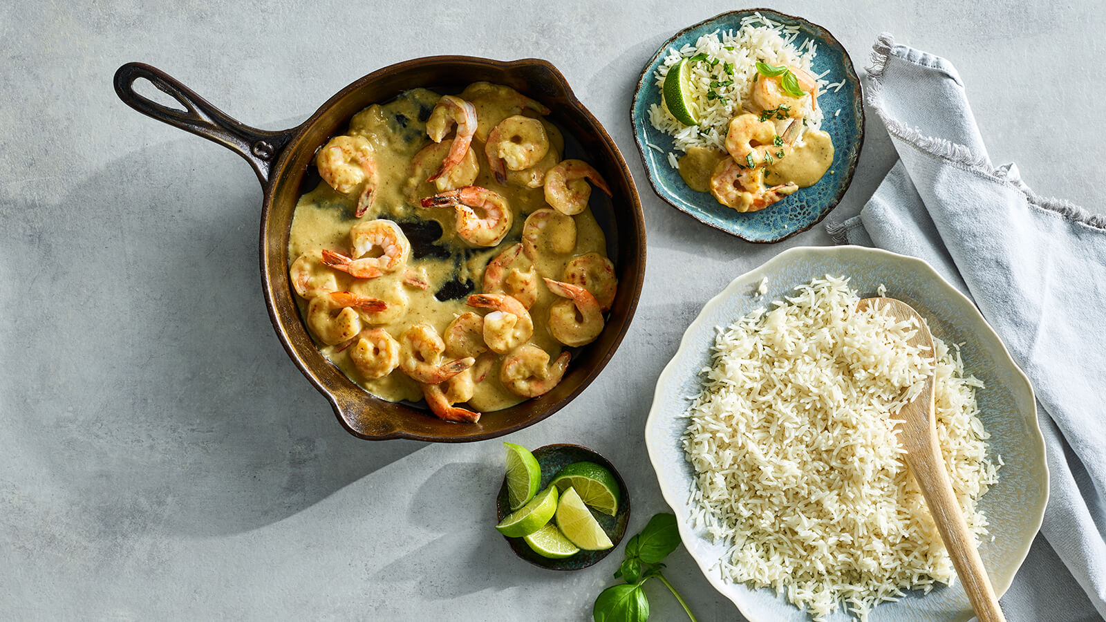 Lemongrass Basil Simmer Sauce with shrimp