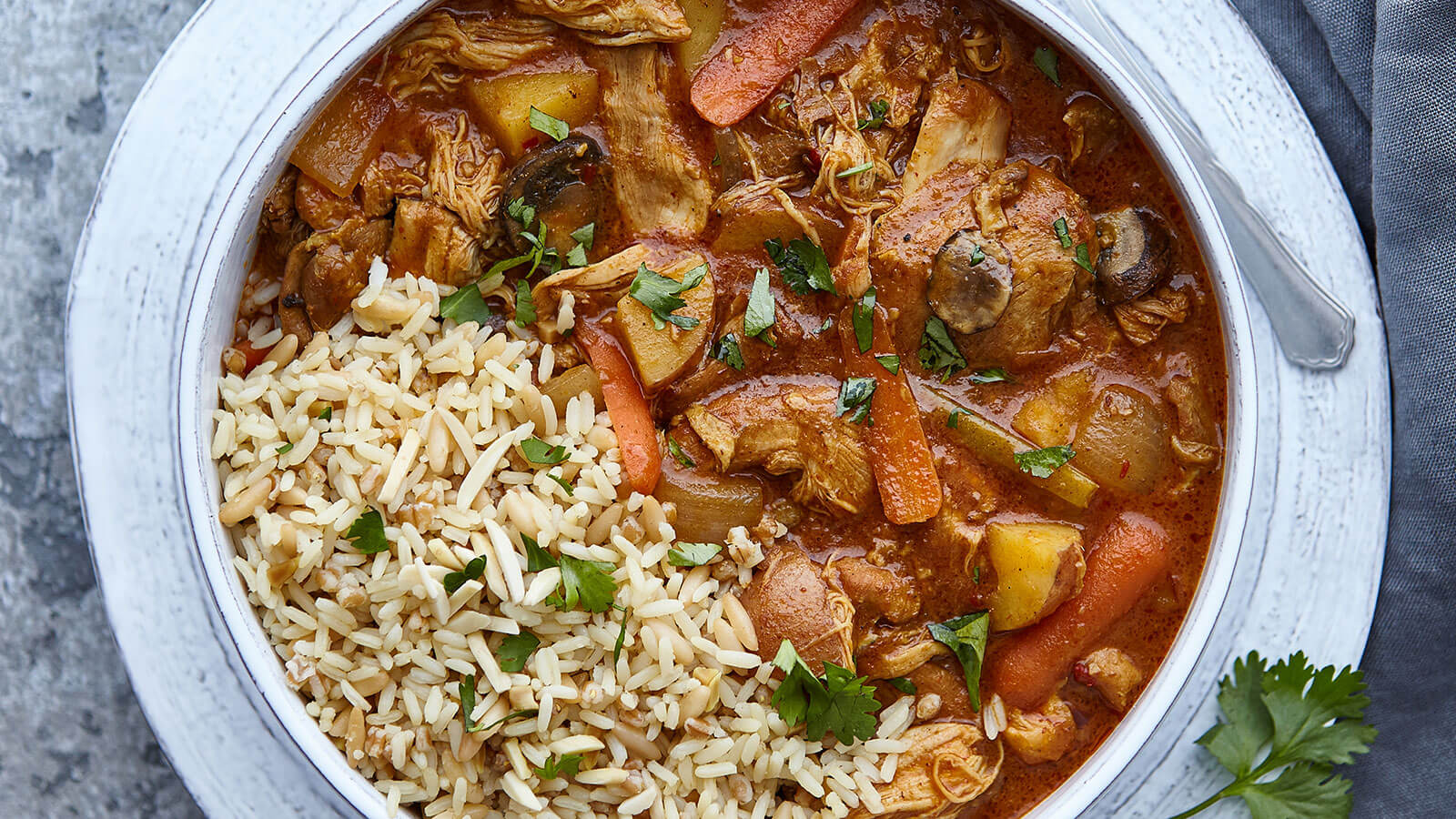 Slow-Cooker-Coconut-Curry-Chicken-with-Vegetables-and-Rice-LBM