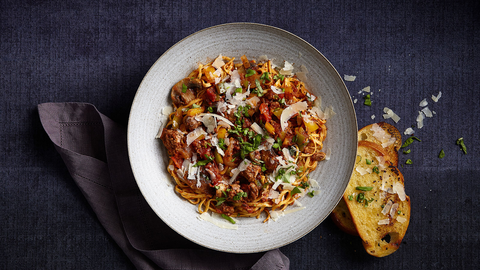 Linguini with Bolognese Sauce