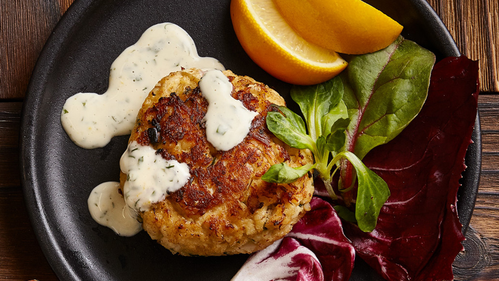 crab cakes with herbed meyer lemon aioli