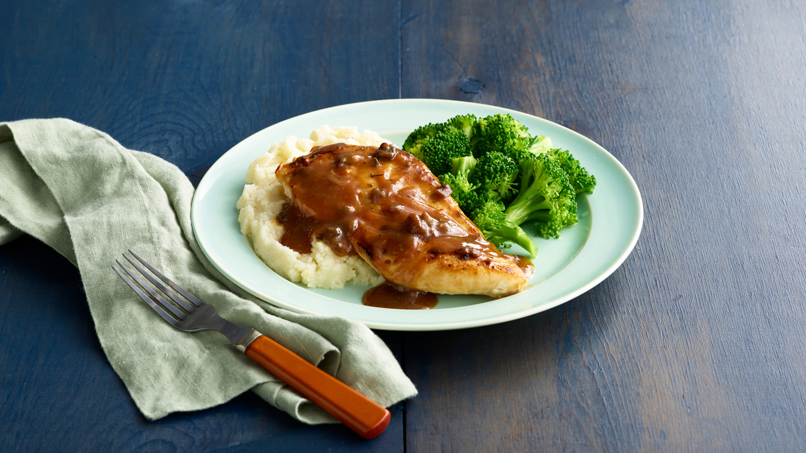 Chicken Marsala with Broccoli & Homestyle Mashed Potatoes