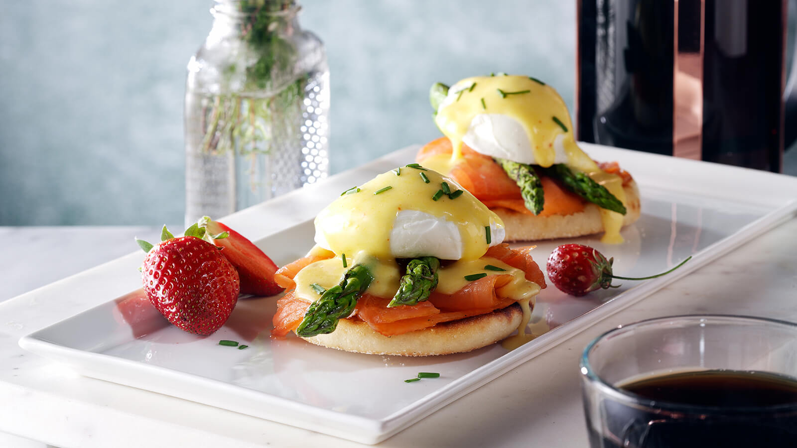 smoked salmon and asparagus Benedict
