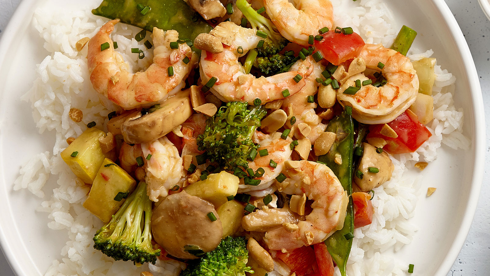 Thai-Peanut-Shrimp-Stir-Fry-LBM