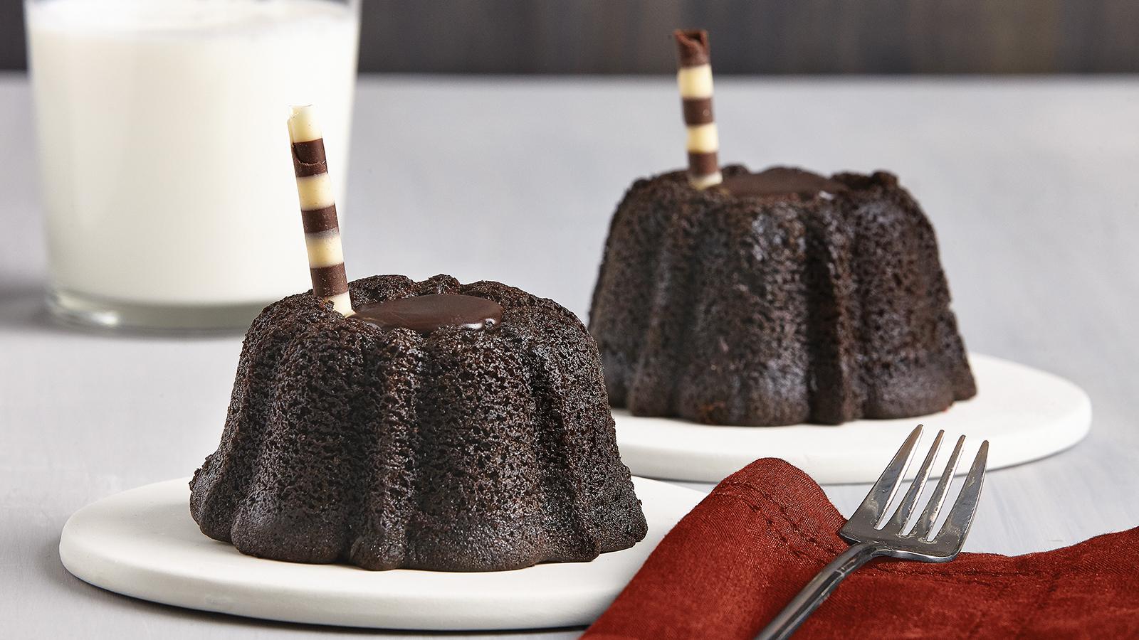 5Chocolate Lava Cakes