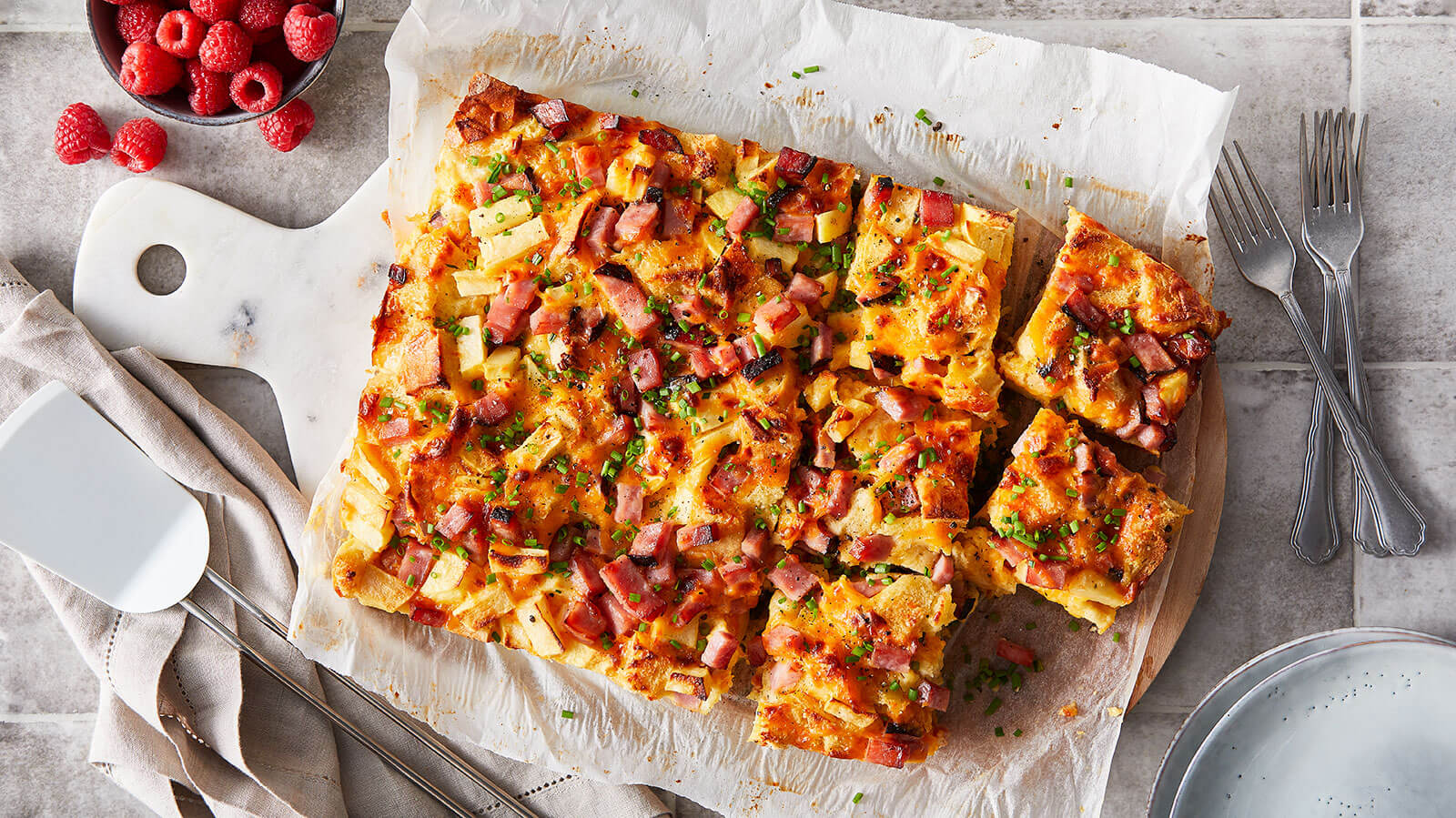 Ham and egg breakfast strata