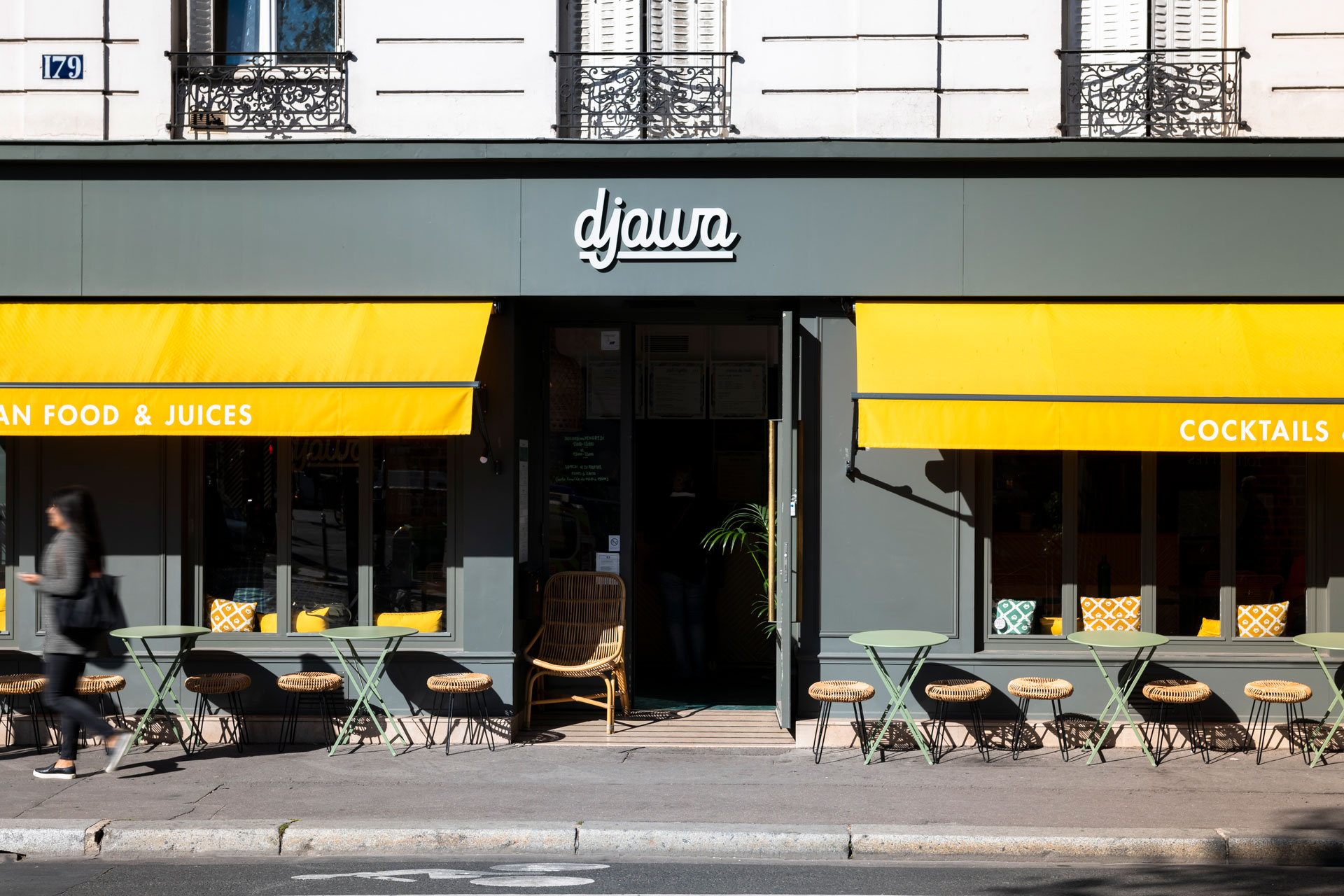 Djawa - restaurant - interior architecture - Paris - terrace - sign - valance - blind