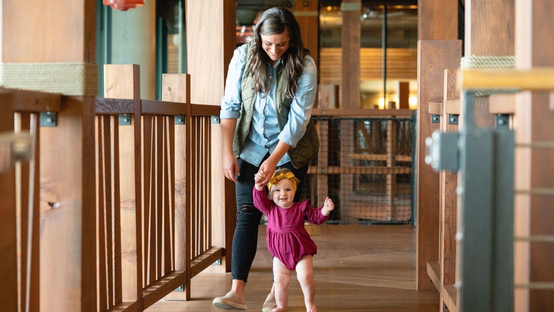 5 Characteristics of a Godly Mom Hero Image