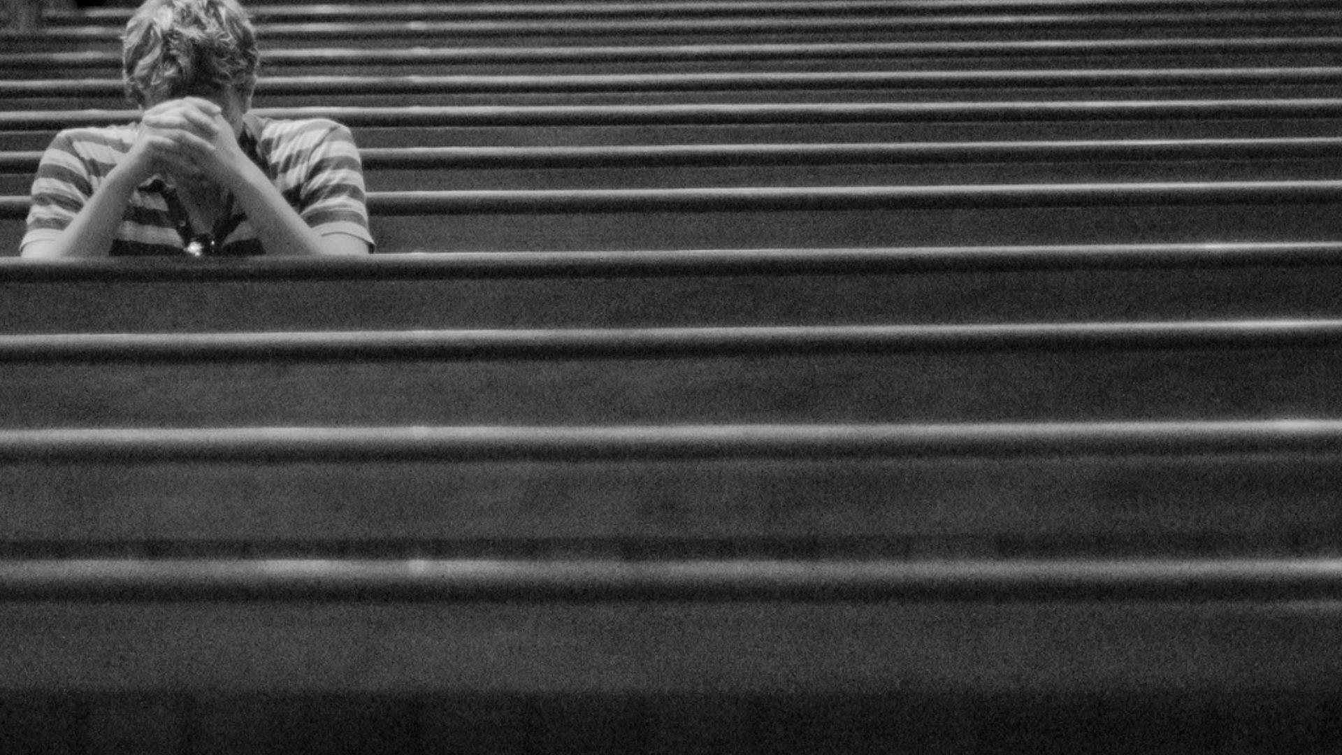 Know God by Talking to Him Through Prayer Hero Image