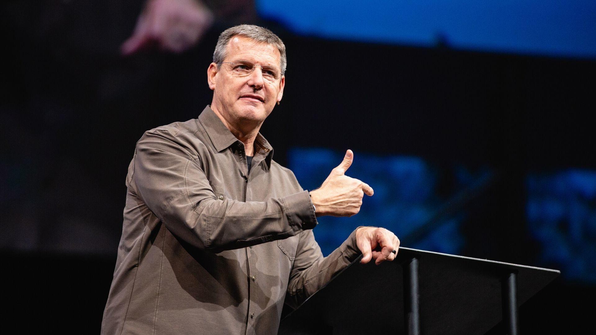 Leadership: Sermon Guide Hero Image