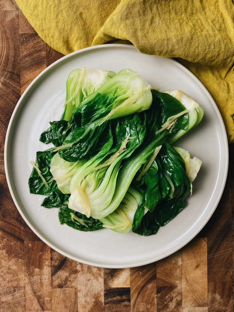 Bok Choy in Ginger Sauce