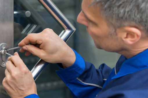 Locksmith unlocking office door