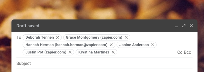 Oye, mira todas las direcciones de correo electrónico que se muestran