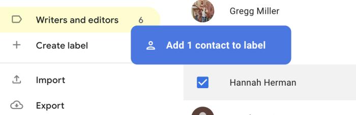 Arrastra un contacto a una etiqueta