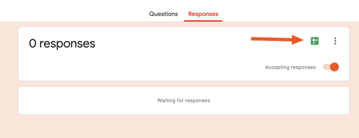 Spreadsheet icon in Responses tab in Google Forms