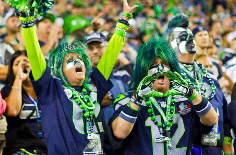 seahawks-worlds-loudest-fans primary img