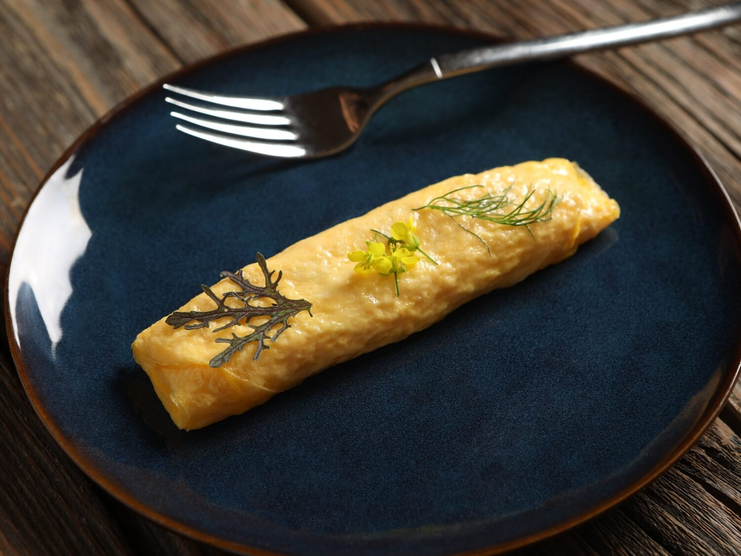 Rolled Japanese Omelette Recipe Pete And Gerry S Organic Eggs