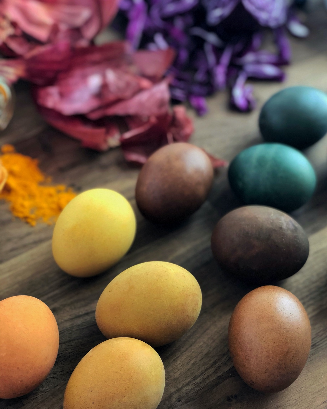 dye-eggs-naturally-ig-colors-1
