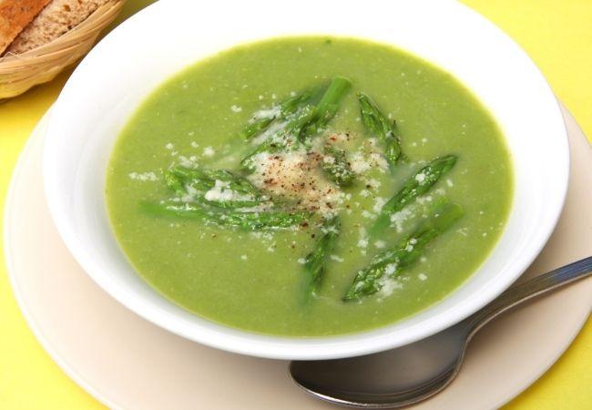 zupa z resztek z gotowania szparagów