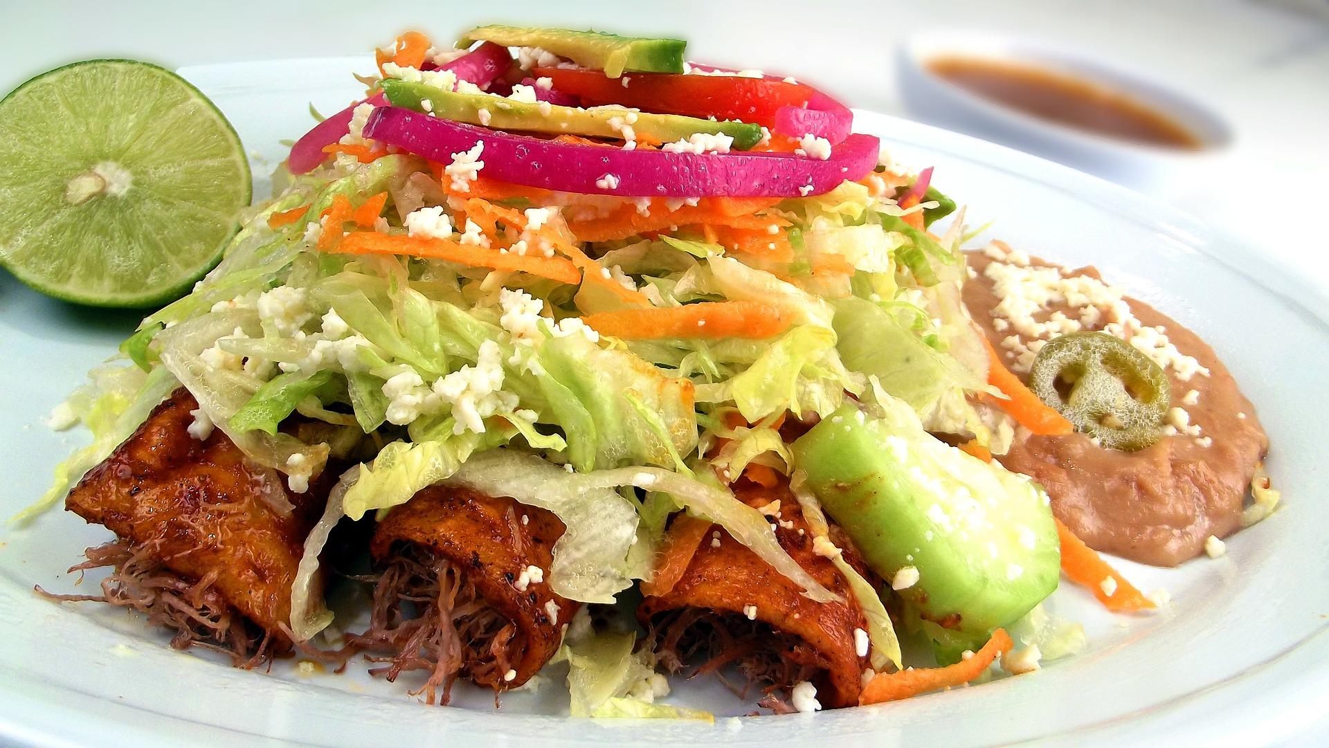 Enchilada z kurczakiem – obiad z Meksyku