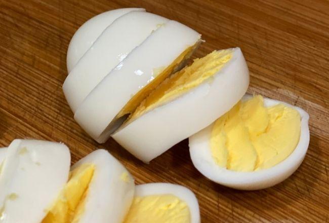 Perfekcyjne jajka na twardo