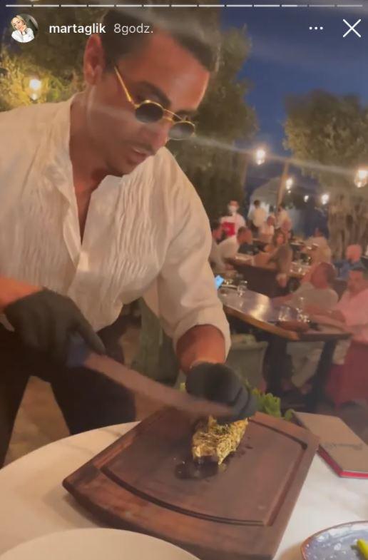 Złoty stek serwowany przez mistrza