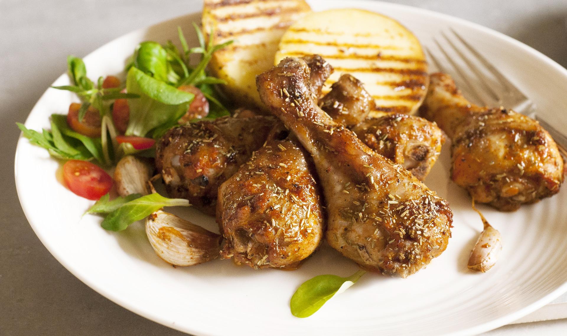 Pieczone udka kurczaka z tymiankiem i cytryną
