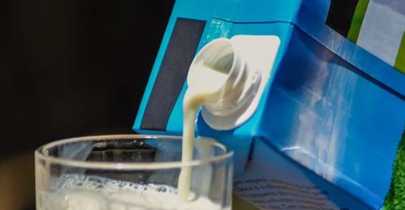 Sok i mleko można nalewać lepiej