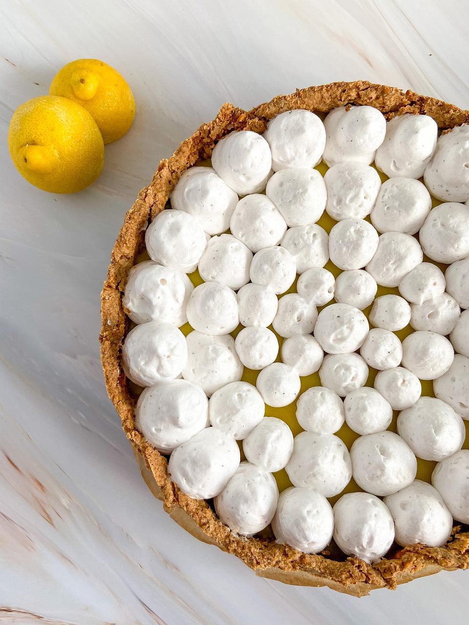 Mazurek cytrynowy – lekkie ciasto na wiosnę