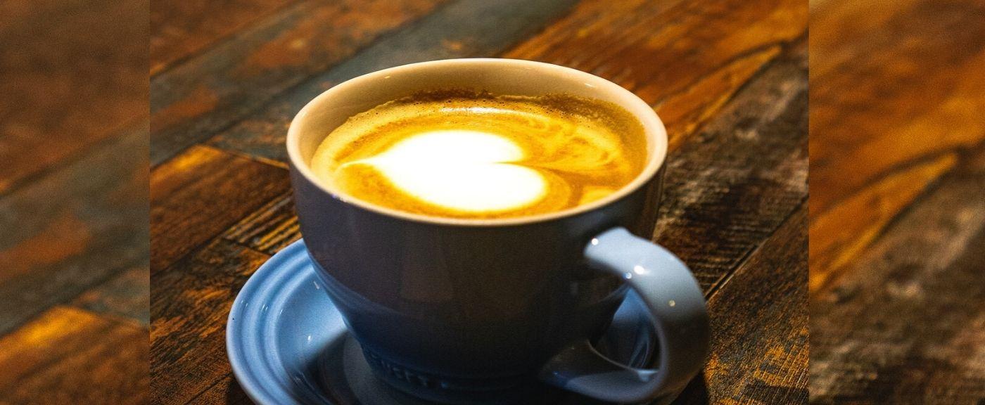Kawa ze złotym mlekiem