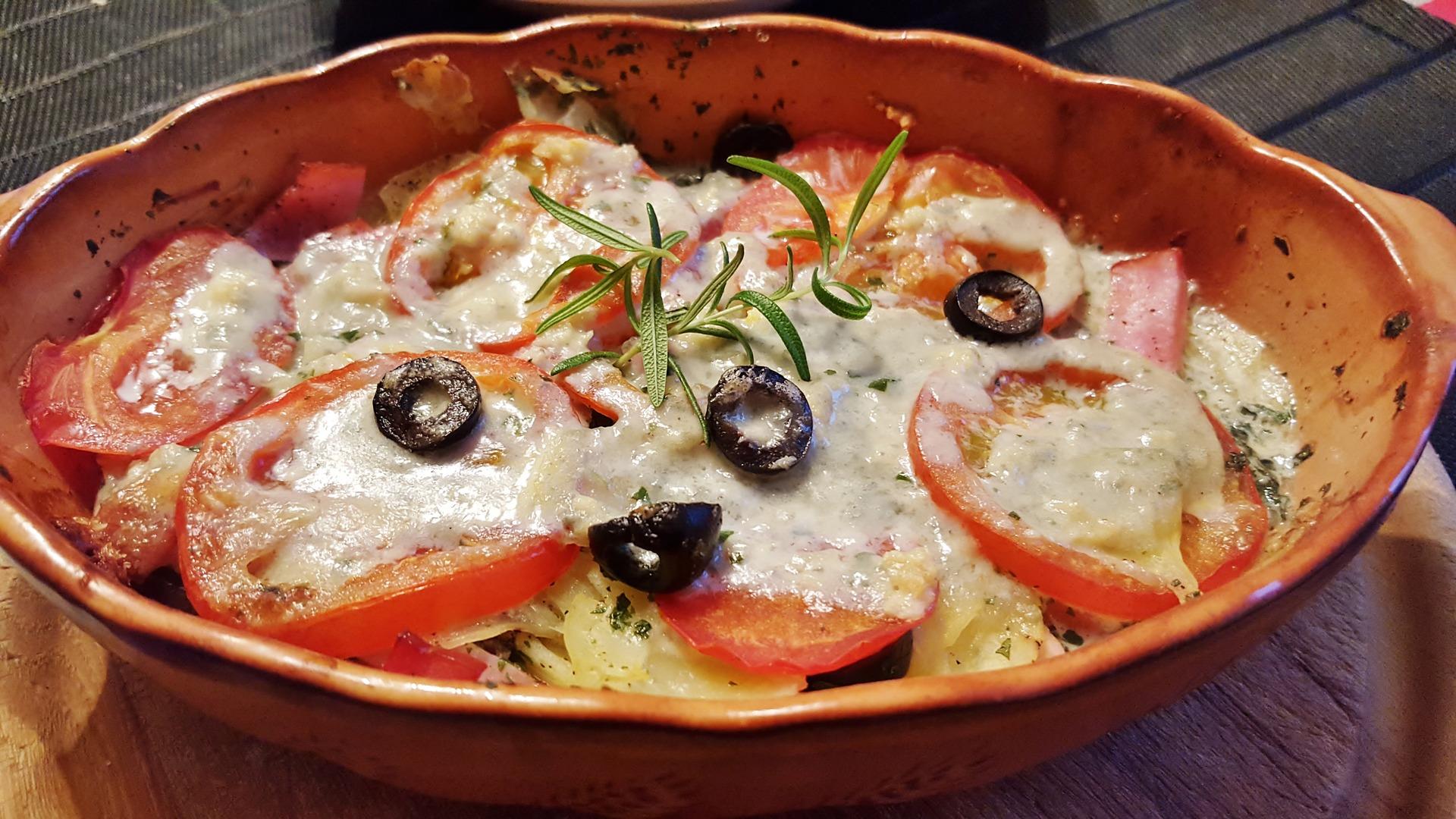 Zapiekane pomidory nadziewane kurkami