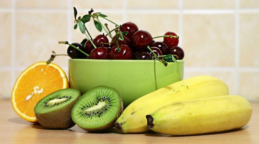 Jakie owoce jeść przed snem?
