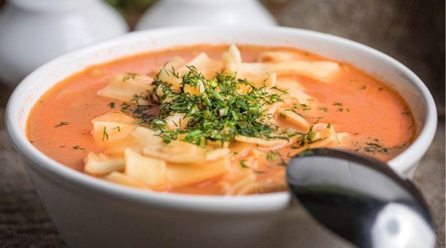 Zupa pomidorowa w niezwykłej odsłonie