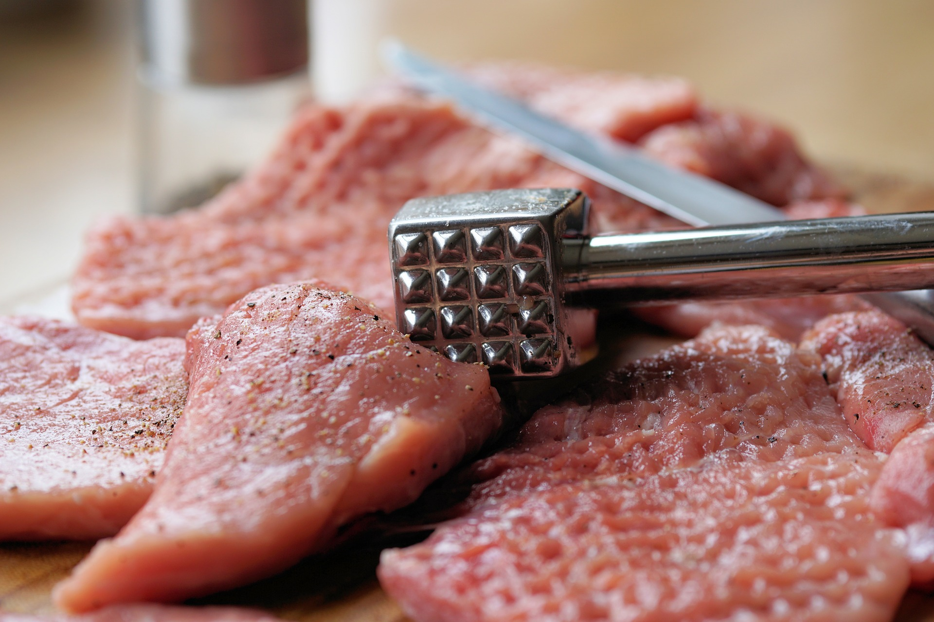 meat-hammer-2238538 1920 (2)