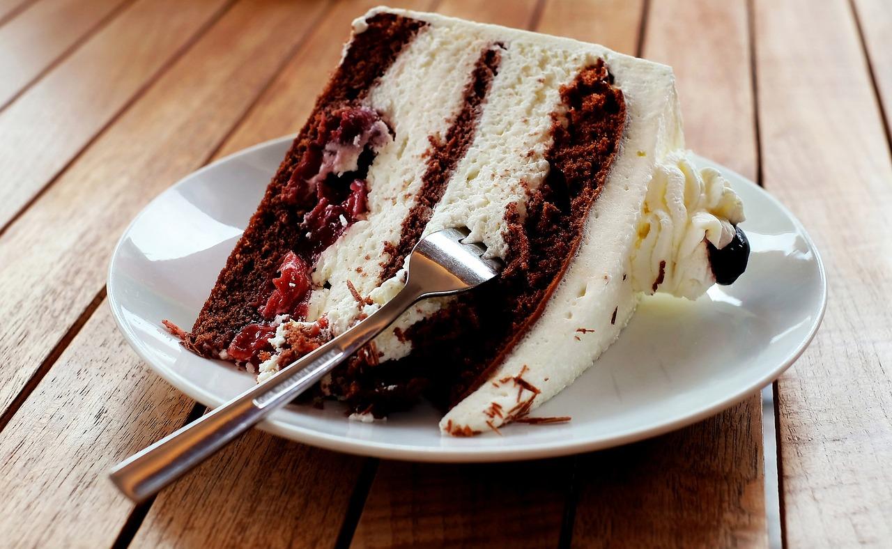 Tort piernikowy - wyjątkowe ciasto na święta Bożego Narodzenia