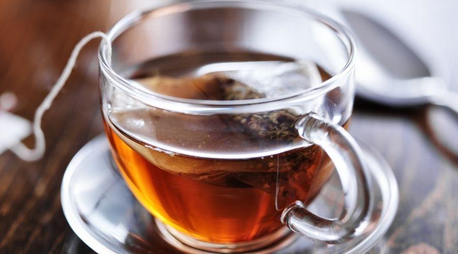 Gorąca herbata w upał