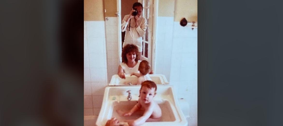 Magda Gessler kąpie syna