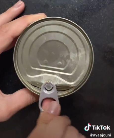 Nowa metoda otwierania puszek