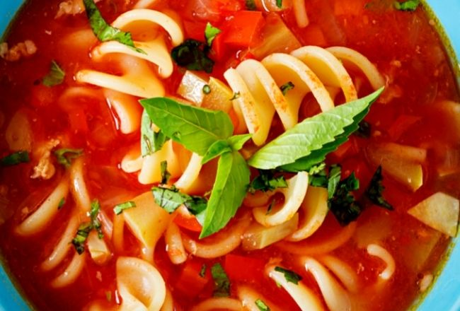 Zupa pomidorowa z miętą